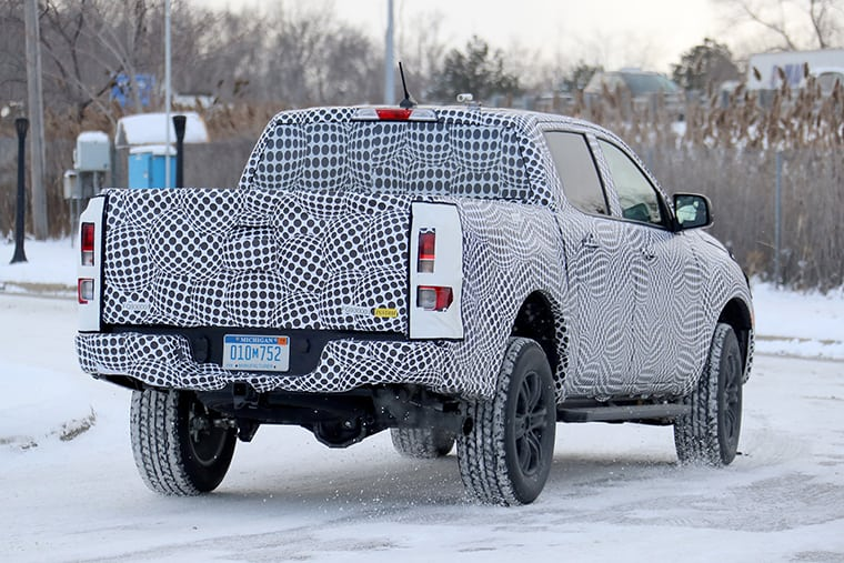 snow-leopard-the-2019-ford-ranger-spotted-testing-in-the-snow-0001