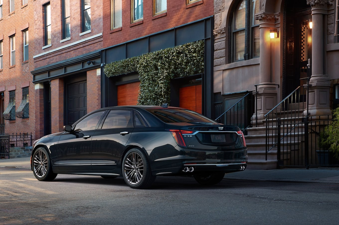 2019-Cadillac-CT6-V-Sport-rear-three-quarter